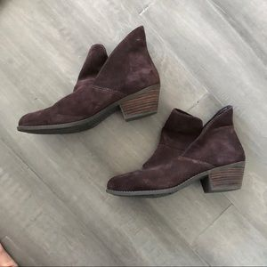 Me Too Suede ankle boots  Size 9